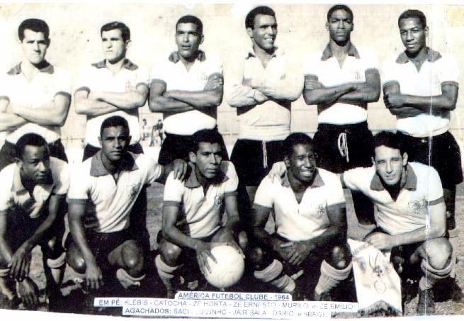 Foto do time vice-campeão estadual de 1964.
